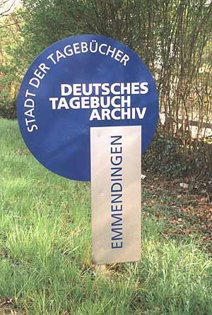 Straßenschild Emmendingen, Stadt der Tagebücher
