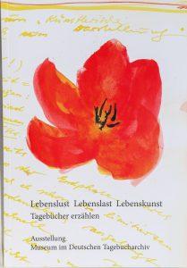 Titelbild des neuen Ausstellungskatalogs mit Blumenbild